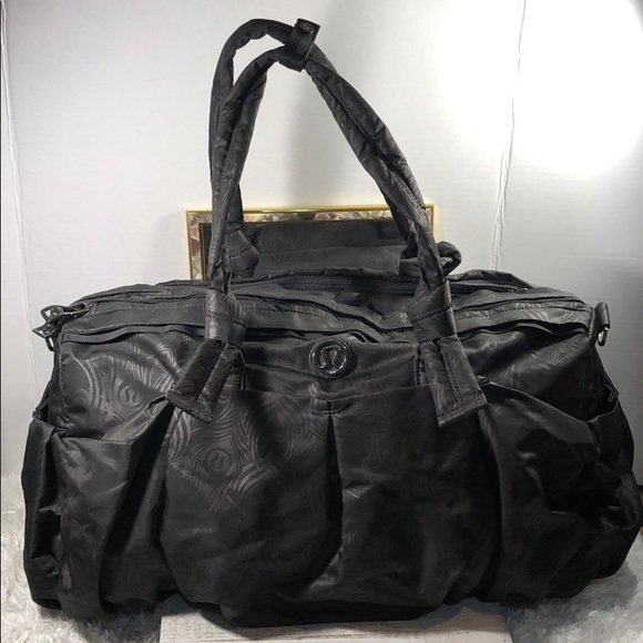 lululemon athletica Handbags - Lululemon travel/gym bag